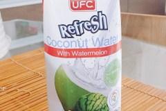 ココナッツジュースとスイカジュースのコラボレーション